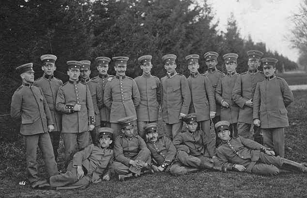 Hess, standing far right, with his unit during the Great War