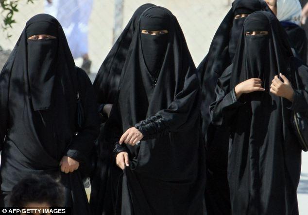 London 2012: Saudi Arabia allows TWO female athletes to