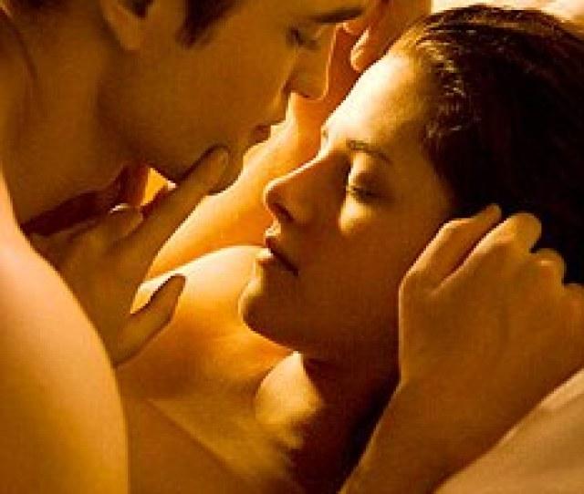 Teen Scene Sex Scenes Between Robert Pattinson And Kristen Stewart In The Twilight Movies Could