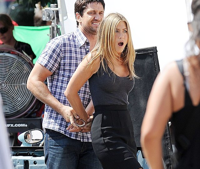Jennifer Aniston And Gerard Butler In The Bounty Film Set New York