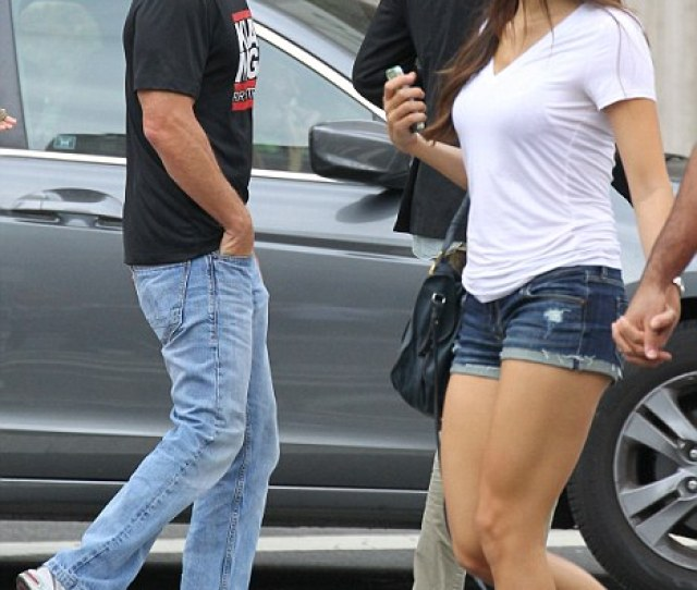 Looker Sean Penn Still Has An Eye For The Ladies As He Is Spotted Out