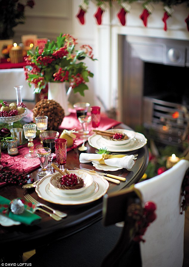 Christmas With Pippa The Christmas Table Daily Mail Online