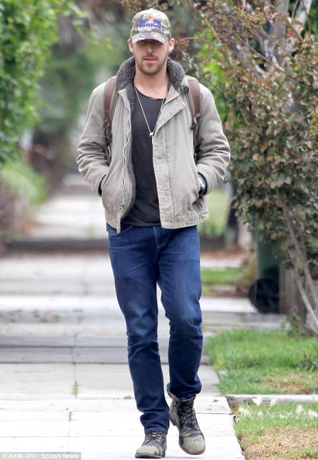 Ryan was taking a stroll and visited the Hollywood Hills Hotel and Chateau Marmont