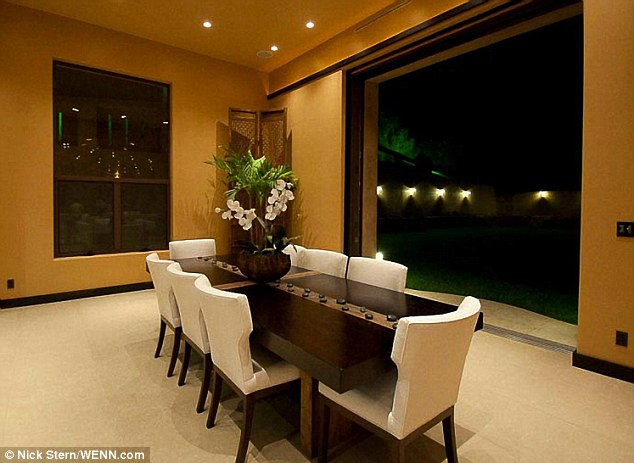 California vie: La maison est typiquement Californie, avec plusieurs espaces intérieur-extérieur