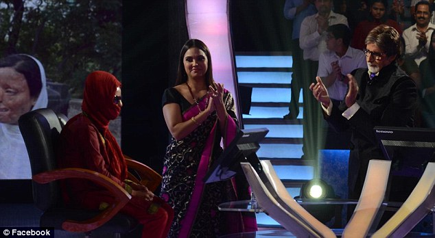 Filiming: acid attack victim Sonali Mukherjee pictured on Who Wants to be a Millionaire? with former Miss Universe Lara Dutta and host Amitabh Bachchan, known as Big B in India