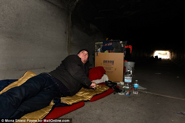 Las Vegas Sewer Homes Homeless Live In Tunnels Beneath