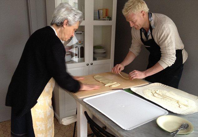 Iwan Thomas making pasta
