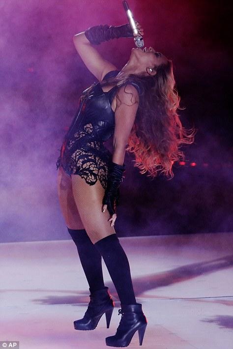 Подняв глаза к звездам: зрелищное шоу Бейонсе была свидетелем миллионы зрителей по всему миру