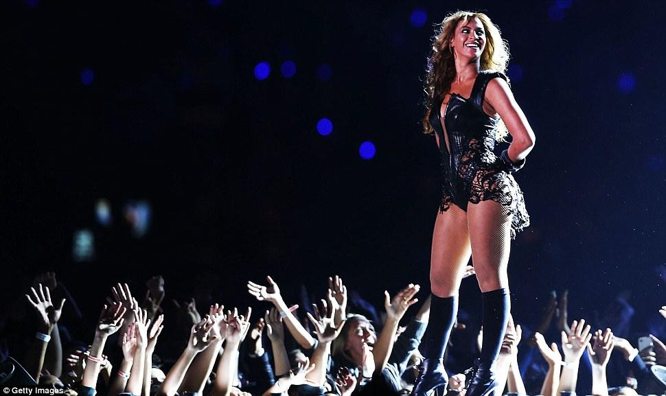 Это все обо мне: Beyone казалось восторге от реакции ворона в ее исполнении