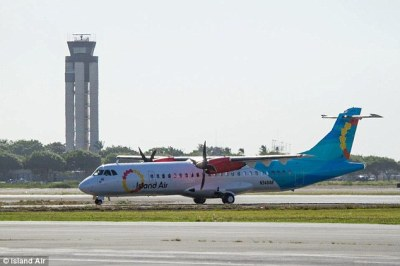 Larry Ellison buys-up Hawaiian airline to go with the $600 ...