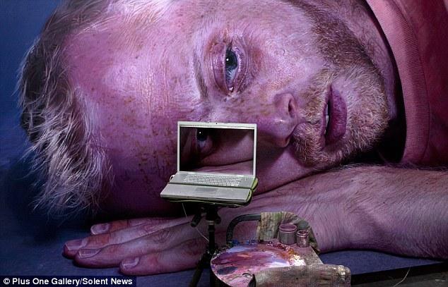 Técnica: Esta imagen muestra cómo el señor Wylie obras de las imágenes en su computadora portátil