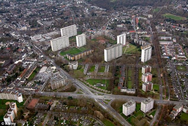 """""""Masivamente afectadas ': alcalde de Duisburgo reclamaciones rumanos y búlgaros migrantes están costando a la ciudad millones por año"""