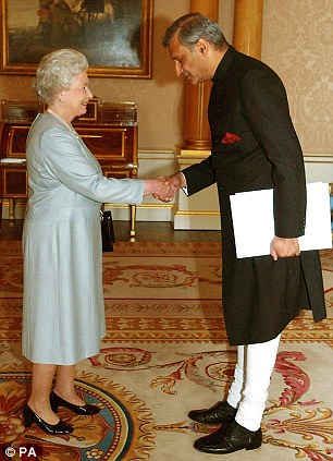 The Queen has had talks with Kamalesh Sharma, Commonwealth Secretary-General, over the issue of equal rights