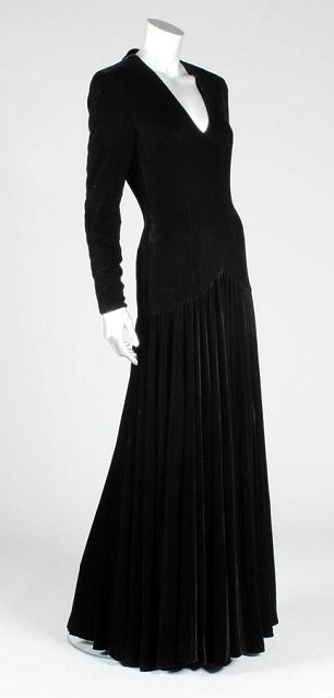 The Bruce Oldfield black velvet evening gown that Princess Diana wore at the gala opening of 'Les Miserables' at the Barbican centre in 1985 fetched £50,400 at auction