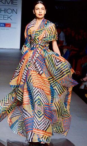 Freida Pinto Cheers For Global Fashion Guru Naeem Khan As