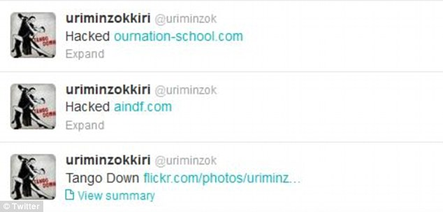 Tweets the Uriminzokkiri Twitter account said 'Hacked' with a link to the Flickr page