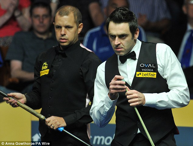 Commanding: O'Sullivan led 15-10 coming into the final session on Monday night