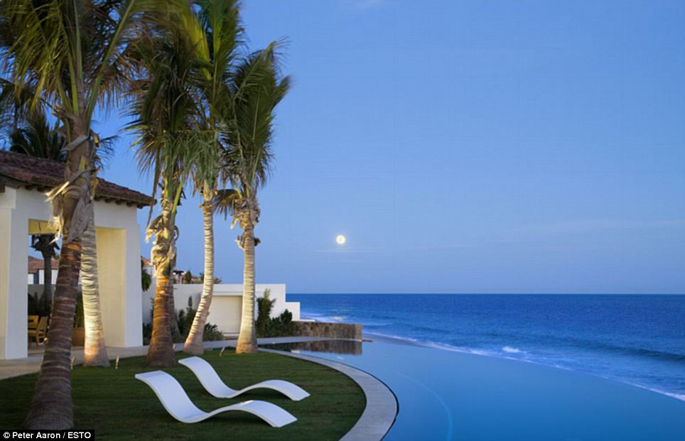 Wish You Were Here Take A Look Inside Some Of The Most Beautiful Beachfront Homes In North