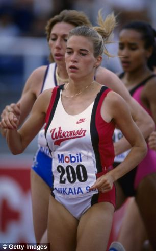 10 Jul 1990: Suzy Favor in action during the 3000 Metres event at the IAAF Nice Grand Prix, Nice, France