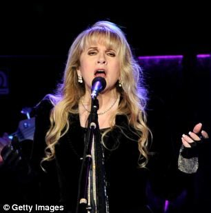 Spaceships: Stevie Nicks believes she saw alien life while living in Arizona