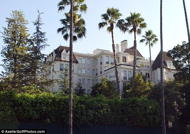Lives of the rich and famous: The celebrity Scientology center in Los Angeles where meetings include followers Tom Cruise, John Travolta and Juliette Lewis