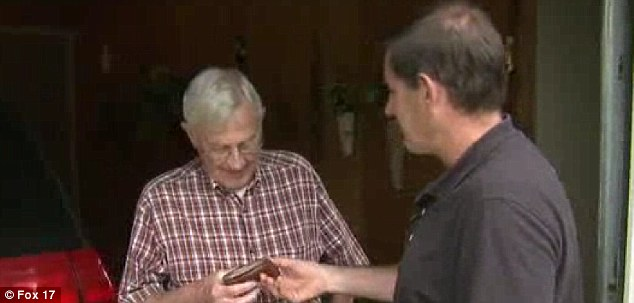 Here you go: Clarence Van Dyken's son returns his wallet 54 years after it was lost