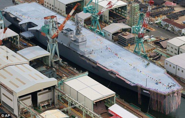 Kapal baru: Kapal perusak Izumo adalah perahu terbesar di Jepang sejak akhir Perang Dunia II