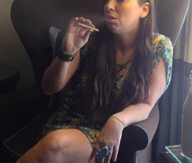 Sexting Partner Sydney Leathers