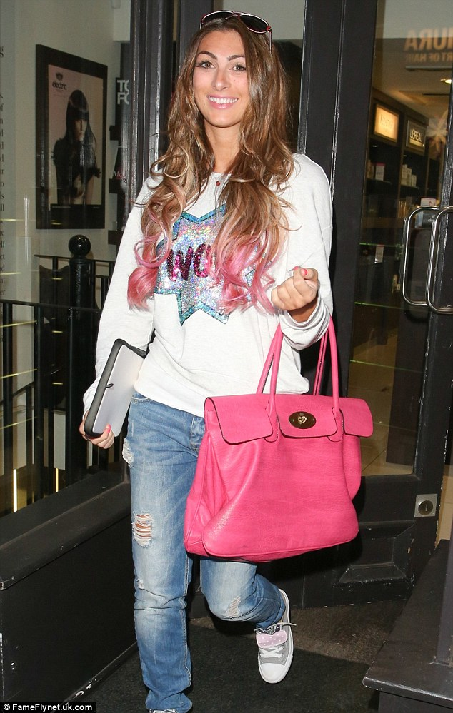 She's still a fan! Luisa headed to the Electric Salon on Thursday to get the ends of her hair dip-dyed pink