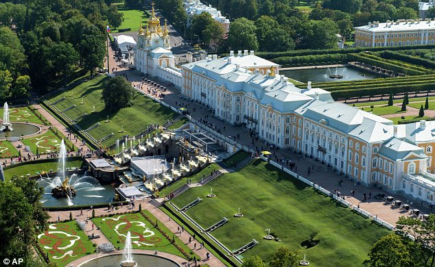 Banquet: The leaders will dine tomorrow at the Grand Palace Peterhof State Museum