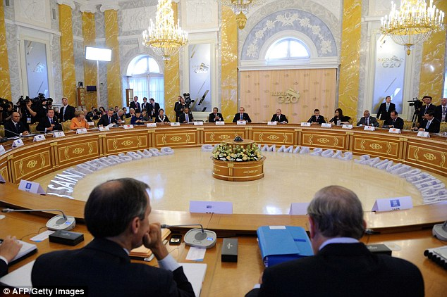 The video has emerged as G20 leaders meet in Russia to debate the situation in Syria