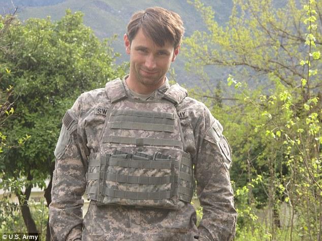 Pentagon Probe Finds Petraeus Sought A DOWNGRADE Of Hero