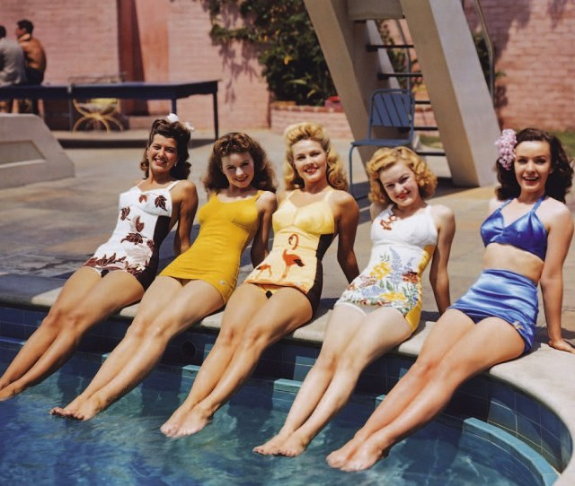 Bathing Belles Of  Hollywood Quickly Latched Onto The Commercial Potential Of Colour Film Fans Were Desperate To See What Their Black And White Idols