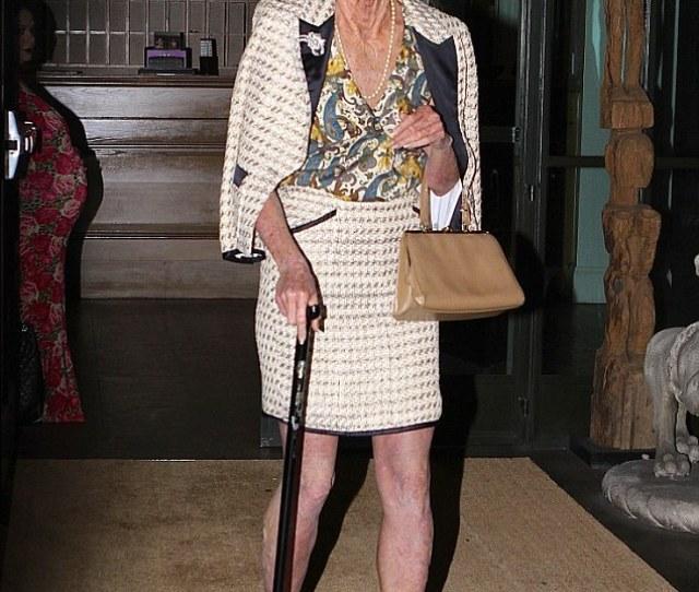 Heidi Klum Turns Into Wrinkled Old Lady With Oscar Winning Make Up