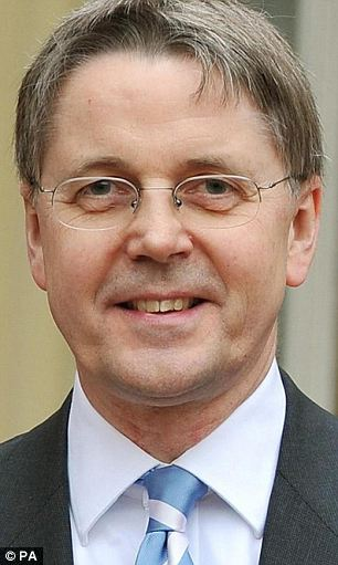 The descision by Cabinet Secretary Sir Jeremy Heywood, Britain's most senior civil servant, has spurred fears that the Chilcot Inquiry will never report