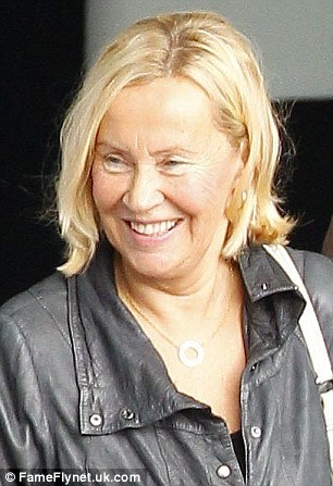abba singer agnetha faltskog cuts a very youthful figure as she arrives in the uk daily mail