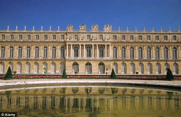 Queen Versailles House