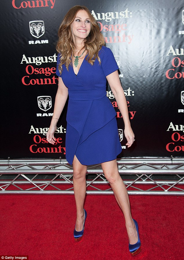 Julia Roberts Steals Spotlight At New York Premiere Of