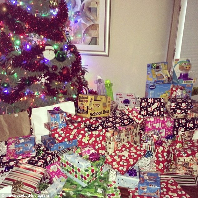 Real Christmas Tree With Presents