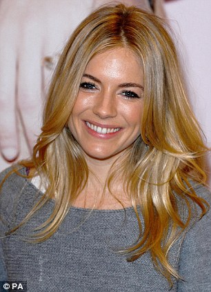 Sienna Miller Shows Off Her Newly Dyed Red Hair And Toned