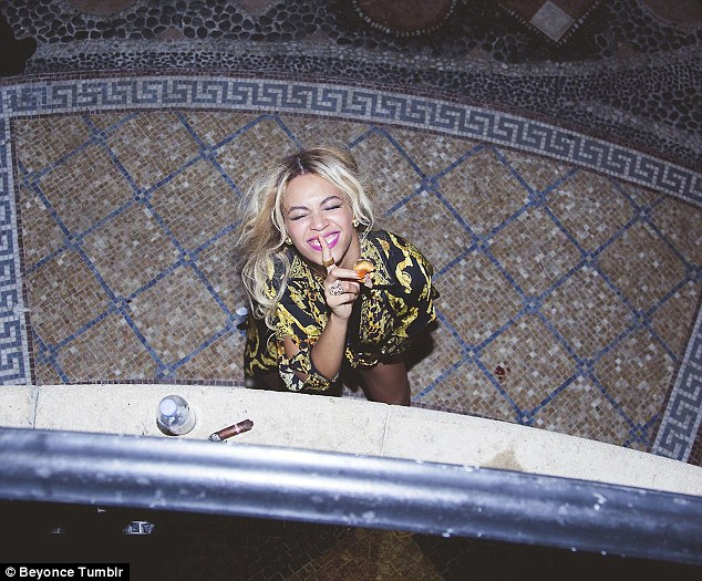 What goes on tour, stays on tour... But it seems that Beyonce is happy to share every waking moment of her life with the world