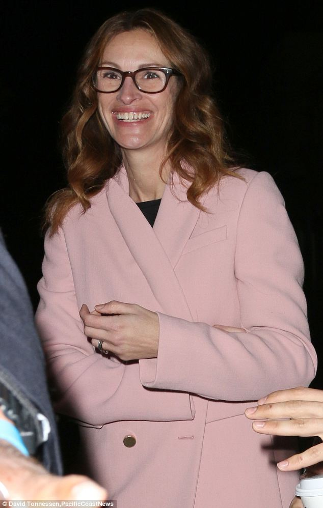 Julia Roberts Looks Radiant As She Promotes August Osage