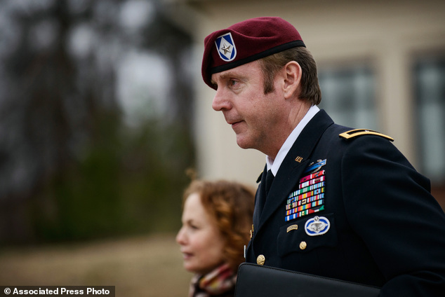 Army Captain Tells How General Jeffrey A Sinclair