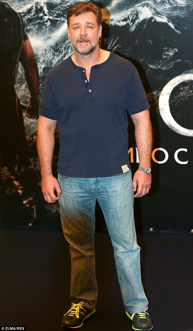 Russell Crowe Shows Off His Beard At Noah Photocall In