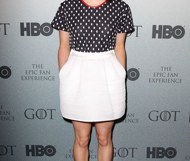 Girlie Chic Maisie Williams Looked Fabulous At The Game Of Thrones Epic Fan Experience In