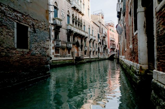 Residents of Venice have voted 89 per cent to leave Italy and become an independent state in protest at high taxes levied on the wealthy in order to prop up the poor and crime ridden Mezzogiorno south