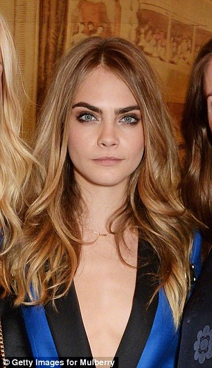 Cara Delevingne Famous Eyebrows Near Invisible In