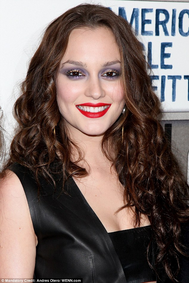 Blair Wouldn T Approve Leighton Meester Wore Garish Purple Eyeshadow Made Worse With Red