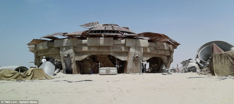 As the home planet of Anakin Skywalker and Luke Skywalker, as well as the meeting place for Obi-Wan Kenobi and Han Solo, Tatooine is one of the most iconic planets in the Star Wars universe