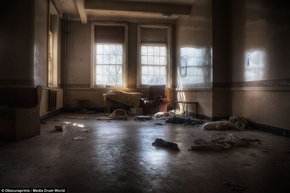 Haunting Images Reveal Abandoned Victorian Era Asylums